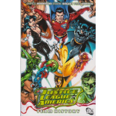 Justice League Of America Team History (TP)